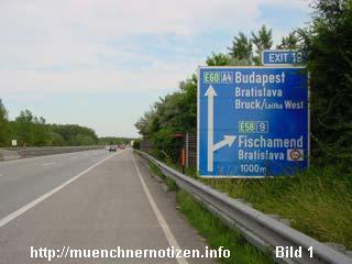 Vorankündigung der Autobahnabfahrt 19 auf der A4 nach Bratislawa